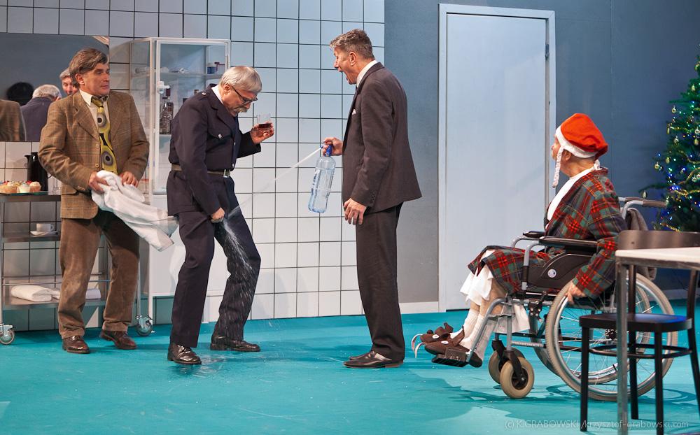 Teatr Polski BB, Wszystko w rodzinie, fot. Krzysztof Grabowski